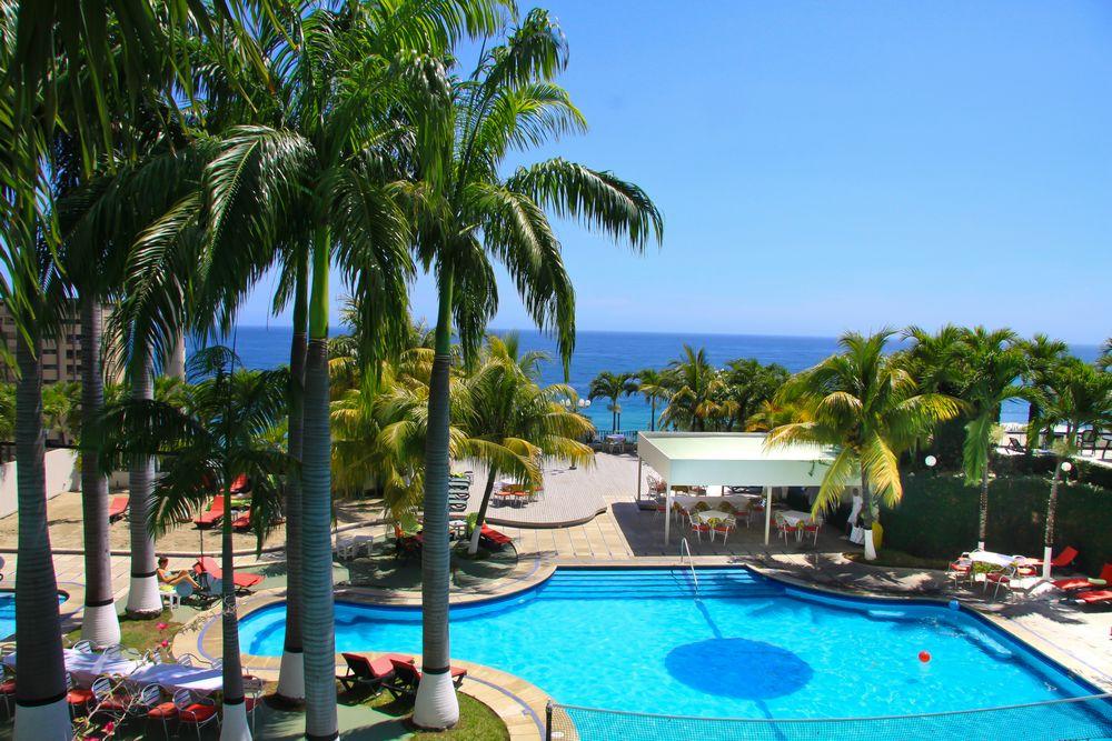 Hotel ol caribe piscina for Hoteles en salou con piscina